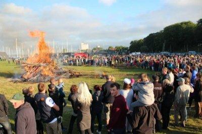 Afbrændingsforbuddet ophører - men pas stadig på i naturen